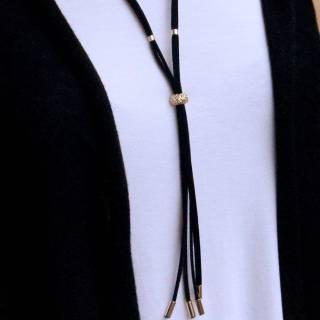 Colar de couro feminino semijoia Banho ouro camurça regulável black