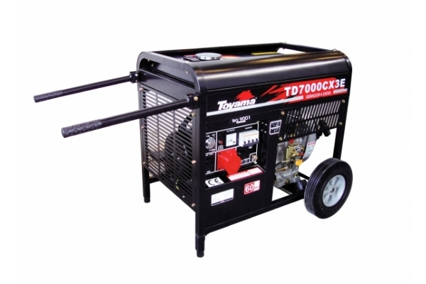 Gerador a Diesel Toyama TD7000CX3E Trifásico Partida Elétric