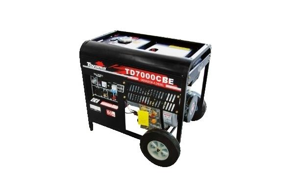 Gerador diesel TOYAMA TD7000CBE 6 Kva - Equipado com capacit