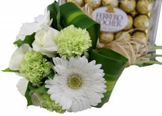 Simplicidade e Ferrero Rocher | Florisbella Floricultura