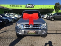 Mitsubishi pajero full hpe 4x4at 3.8 v6 2p
