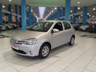 Toyota etios 1.3 hbx 16v flex 4p manual