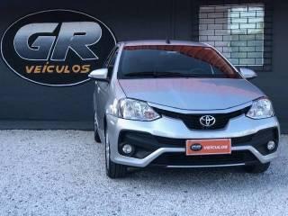Toyota Etios 1.5 XLS, Flex Automático