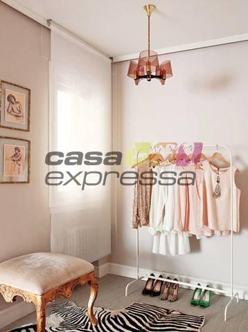 Arara para roupas com 6 regulagens de altura - 150 cm