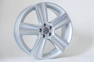 Jogo de 04 Rodas VW Saveiro Cross aro 17 5x100 KR R7 Prata