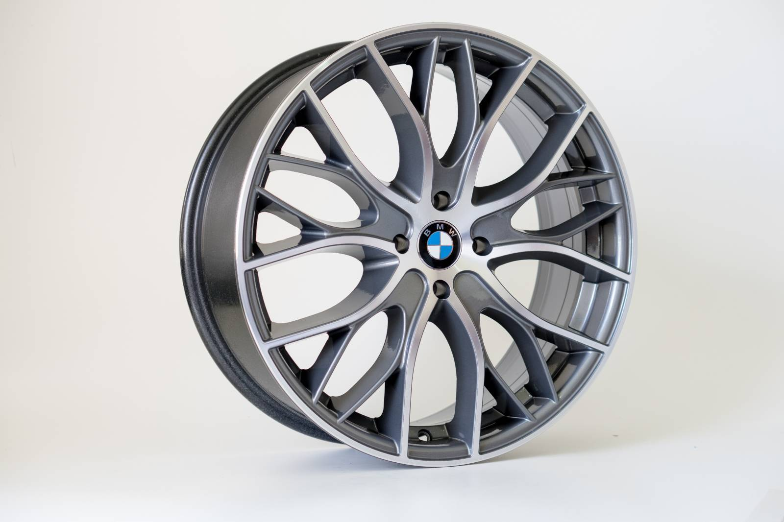Jogo de 04 Rodas BMW Biturbo KR R54 aro 18 4x100  GD