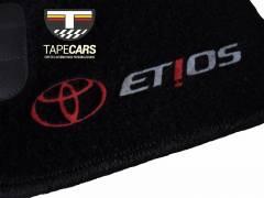 Tapete Automotivo  Toyota Etios em Carpet Linha Luxo