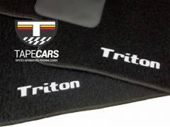Tapete Automotivo Mitsubishi L200 Triton em Carpet Linha Luxo